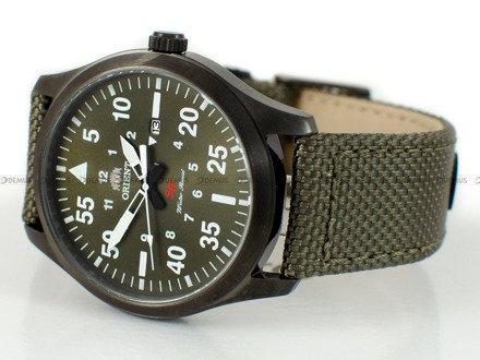 zegarek na pasku parcianym